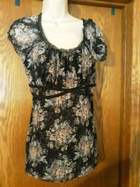 Vanity XL womens lacy top