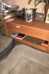 Coffee table with pop up top Edmonton, T6L 6N2