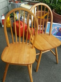 two brown wooden windsor chairs Lindenhurst, 11757