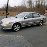 Nissan - Maxima - 2000 East Patchogue, 11772