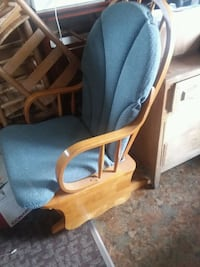 Vintage Glide Rocker w/ matching foot stool Byron, 31008