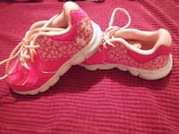 pair of pink-and-white under armour running shoes McAlester, 74501