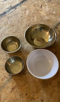 Set of 4 Kitchen Serving Bowls