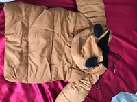 Really cute jacket for 4 years old Montréal, H3H 2E8