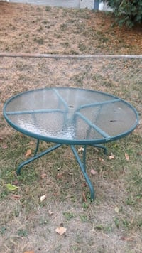 Outdoor Glass Top Table Ellicott City, 21043