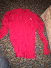 Under armor red long sleeve  Troy, 63379