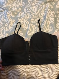 Crop top/shirt in medium- used once St Catharines, L2N 2G4