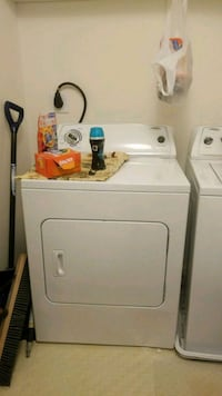 white front-load clothes dryer Hagerstown, 21740