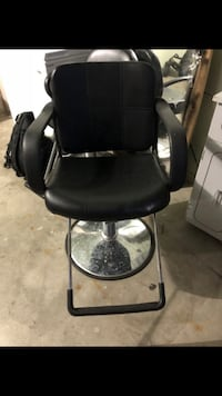 black leather padded salon chair Shakopee, 55379