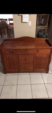 Changing table 1945 mi
