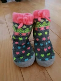 Carters cozy sock shoes 3 to 9 mths Pickering, L1X 1H5