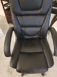 Dell PC , Wireless KB-M, Camera, HP Printer, and Office Chair Conroe