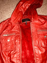 Ladies leather look jacket/Sz.medium-large  Edgewood, 21040