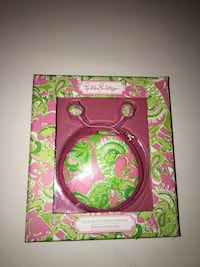 pink ear buds with pouch Mc Lean, 22101