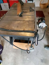 black and gray metal frame. Industrial table saw Surrey, V4N 1M2