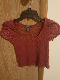 SMALL red scoop-neck floral crop top