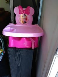 pink Minnie Mouse floor seat with tray Bakersfield, 93308