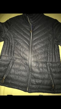 black zip-up bubble jacket 51 km