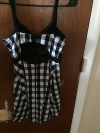 Black and white plaid sleeveless dress Washington, 20024