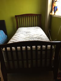 Single size bed with mattress  London, N6H 3Z5