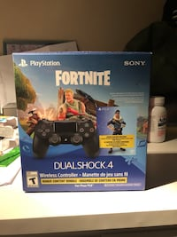 Sony PS4 console with controller box Vaughan, L4J 3B6