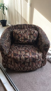 brown and black fabric sofa chair Fayetteville, 30214