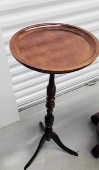 Solid wood table Laurel, 20723