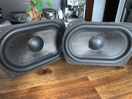Definitive Technology Mythos ST speaker towers bass speakers carbon