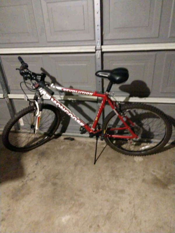 c06be18a913 Used red and black hardtail mountain bike for sale in Arlington - letgo