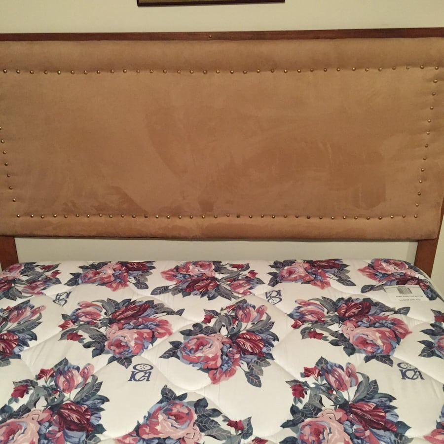Double bed. Mattress and Box Spring King coil foam