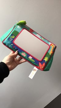 Stand up baby mirror for tummy time St Catharines, L2R 1X6