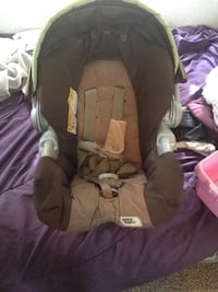 Baby's brown and beige Safe Seat car seat Vineland, 08361