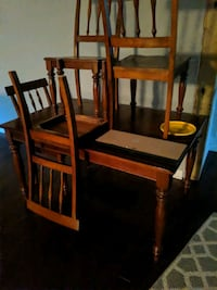 solid table chairs great condition Walterboro, 29488