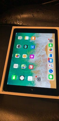 Brand new apple Ipad 6th gen San Diego, 92136
