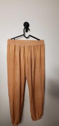 Women`s Pants Size S 3pcs