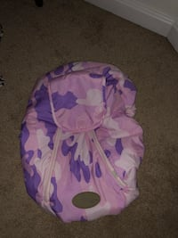 Cozy Cover Pink Camo (Car Seat Carrier Cover) Glen Burnie, 21060