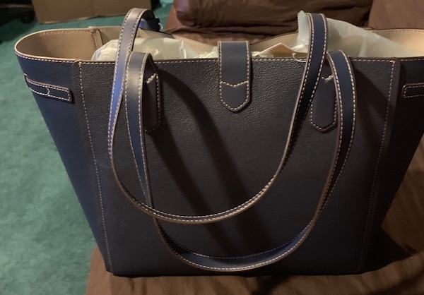 Michael Kors (authentic l) large tote, navy blue, brand new with tags. 1cb9923e-0c75-42af-a569-7d839f0dc3f0