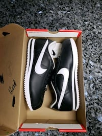 size 8 men Nike Cortez basic leather '06 Toronto