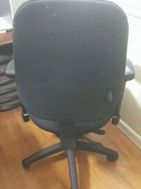 black and gray rolling chair Springfield, 22150