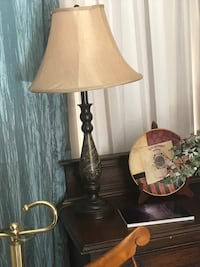 two brown wooden base white shade table lamps Beaumont, 77703