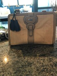 Beige leather laptop bag with many pockets