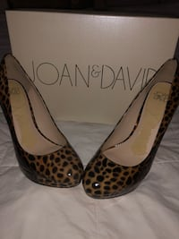 Leopard / Cheetah Heels -Joan & David Columbia, 21045