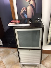 Hair dresser shelves and mirror $250 each set (two available) moving Vaughan, L6A 2W2