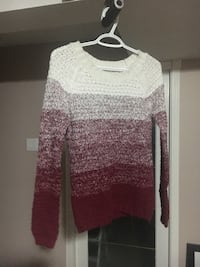 white, and maroon knit crew-neck sweater