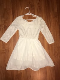 Girls size 7 dress  off white/ cream color Pomona, 91767
