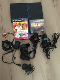 Sony PS2 Konsole, Gamecontroller und Game Cases Berlin, 12357