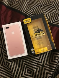 Brand new rose gold IPhone 7 Plus and otter box (defender series) Spartanburg, 29301