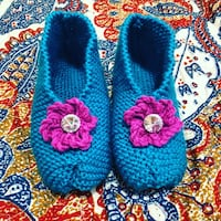 Adult knitted slippers