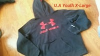 Under Armour youth extra large