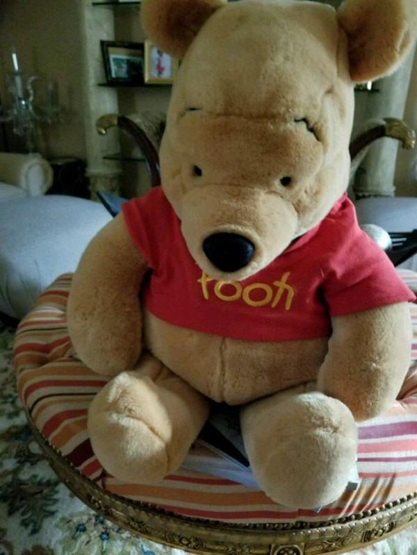 9c47b2c3f51d Used WINNIE THE POOH BEAR for sale in Decatur - letgo